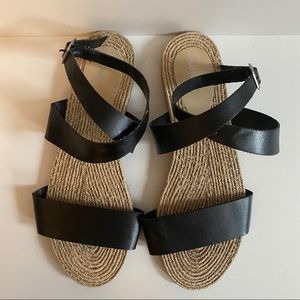 NWOT Old Navy Faux Leather Flat Sandals